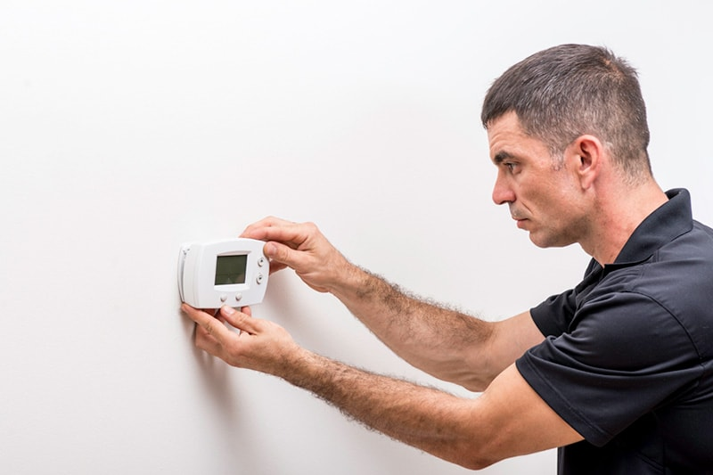 Tips to Troubleshoot Your Thermostat | Furnace | Hondo, TX